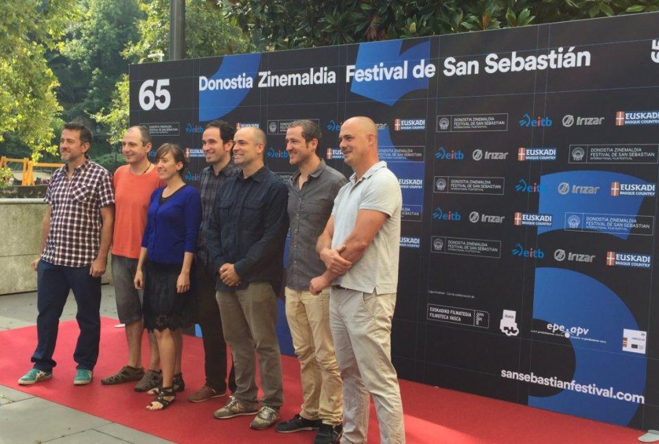 Equipo de Elkarrekin-Together en la presentación del Zinemaldia.